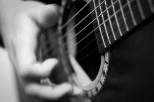 What is the Best Acoustic Guitar for Beginners