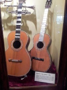 What Is A Parlor Guitar And Who Is Most Suited To This Type Of Guitar?