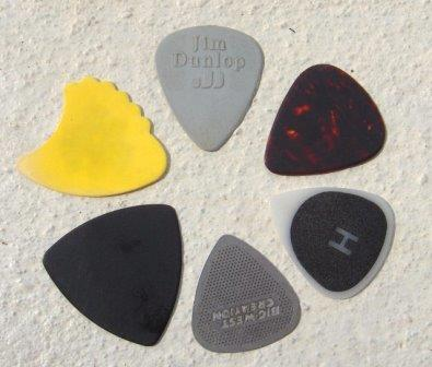 How to Choose a Guitar Pick