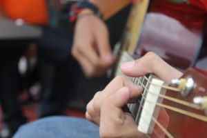 8 Awesome Tips to Improve your Guitar Playing
