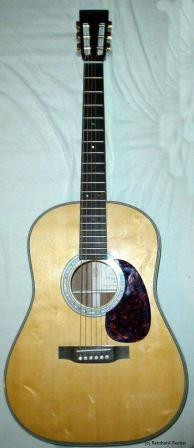 old school Martin Dreadnought shape